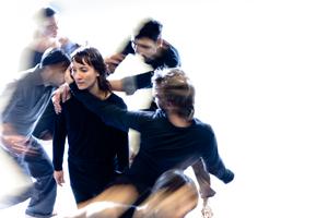 Dance from the mat – Le Fils d'Adrien danse/Harold Rhéaume : Only connect*