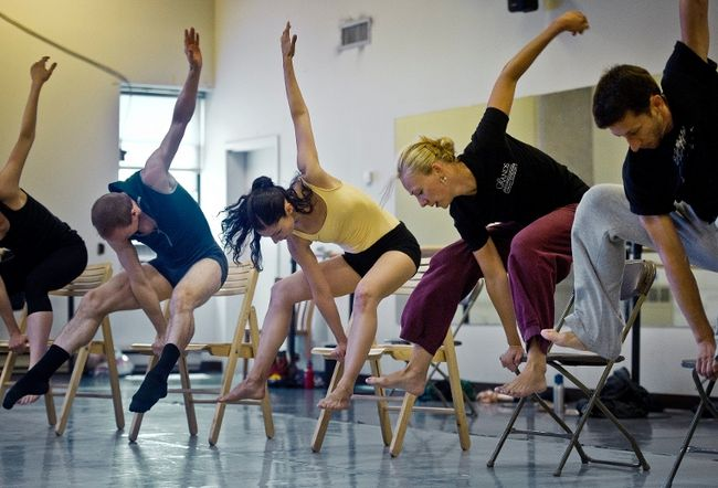 L'industrie de la danse sous la loupe – En 2009, 38 % des danseurs et chorégraphes ont tiré moins de 5 000 $ de leur travail en danse