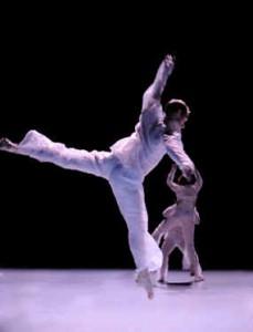 José Navas/compagnie Flak (Villanelle + S) de la danse d'une beauté hypnotique