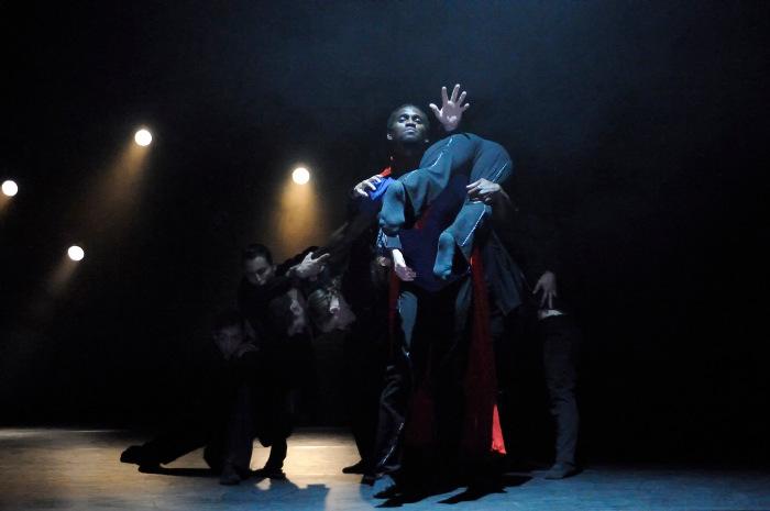 CRITIQUE (Danse) – The You Show: du petit moi au héros surdimensionné