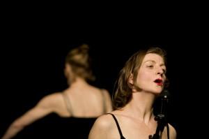 Gustavia, le burlesque au féminin, par Chloé Malgras, info-culture.biz