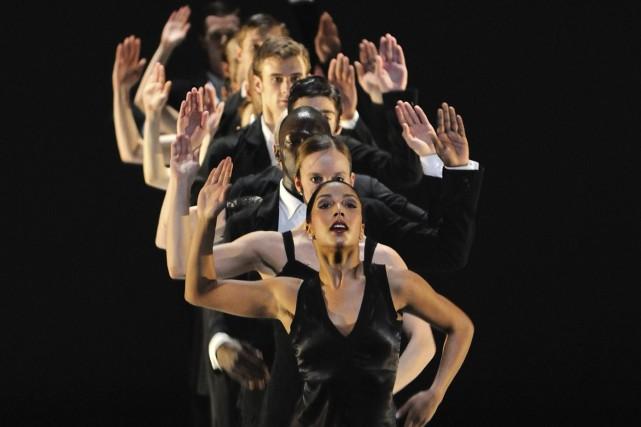Rentrée danse : en Prismacolor, par Josianne Desloges, Le Soleil