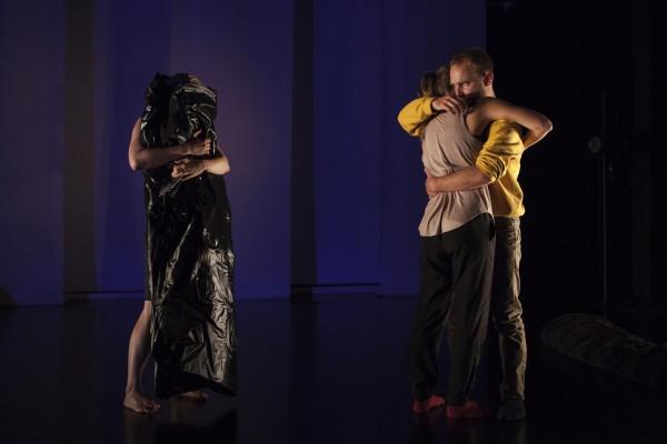 Danse de nuit: le happening dansé de Karine Ledoyen par Léa Fischer-Albert, Monsaintroch