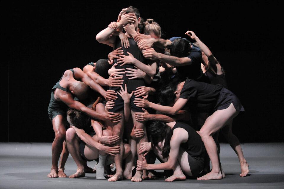 Chroniques du regard 2016-2017– Last Work par Ohad Naharin – Batsheva Dance Company