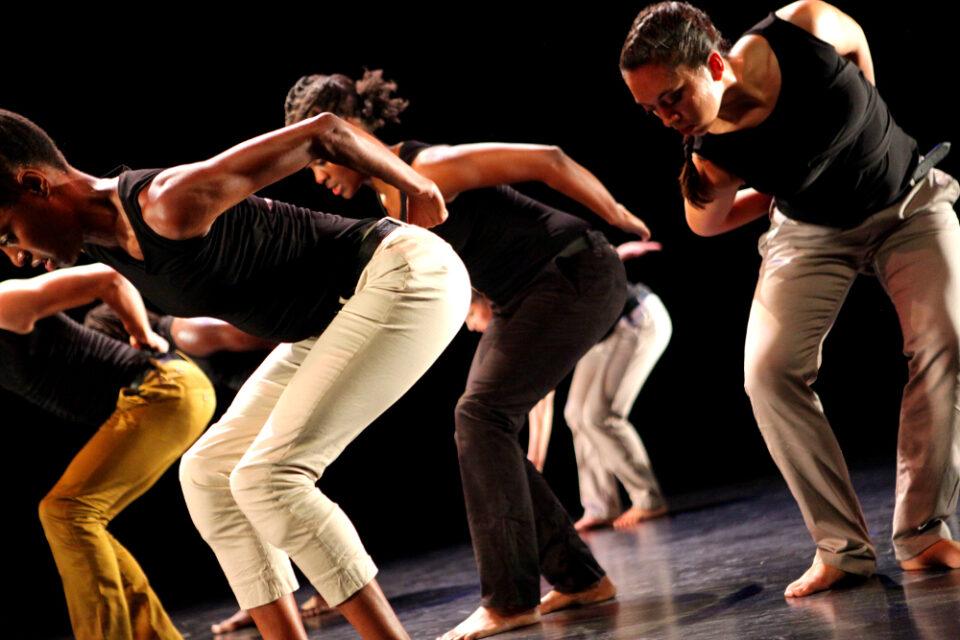 Mozongi: le rythme de la liberté par Émilie Rioux, Voir