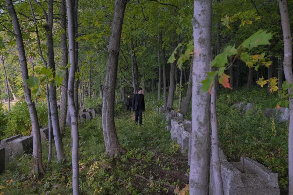 Myriam Arseneault et Nicolas Patry dans La Forêt Mixte - Le Carré des Lombes / Crédit photo : Luc Senécal